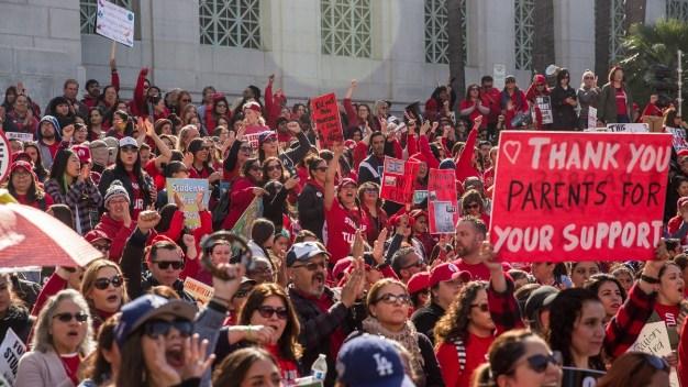 LA Teachers Approve Contract, Ending Strike