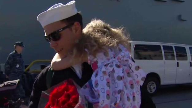 Hundreds of Sailors Depart From San Diego on USS Higgins