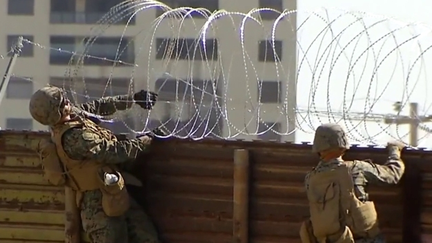 Migrants Won't See Armed Soldiers on US-Mexico Border