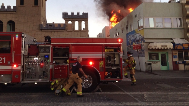 2 Rushed to Hospital in Mission Beach Fire