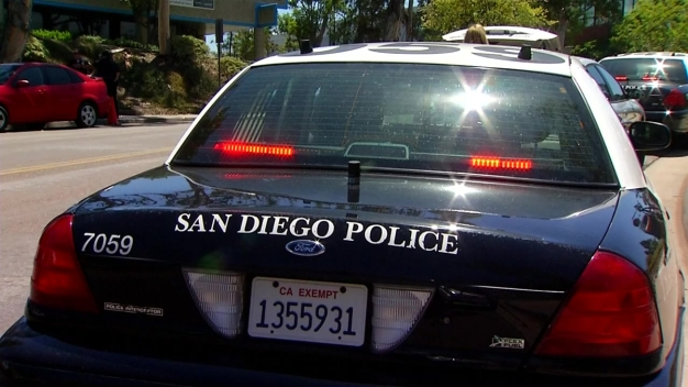 Police Waiting for Car-Theft Suspect to Emerge from Linda Vista Canyon