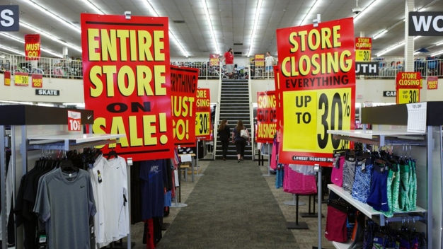 Retail Revolution: More Brick-and-Mortar Stores Closing