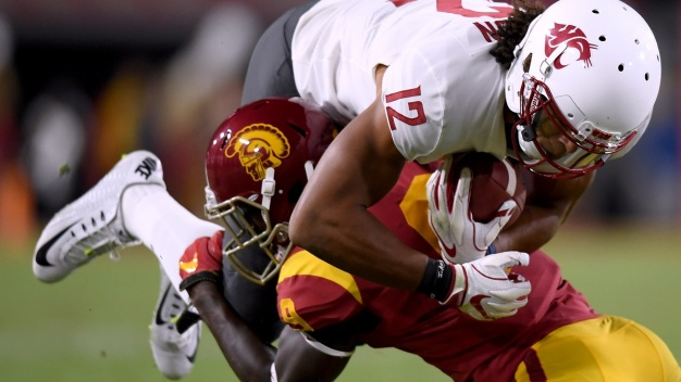 USC Beats Washington State 39-36 in Thriller