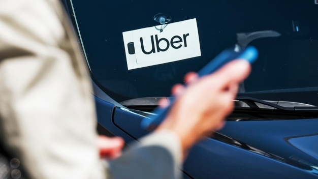 Uber, Blind Riders Reach Settlement on Service Animals