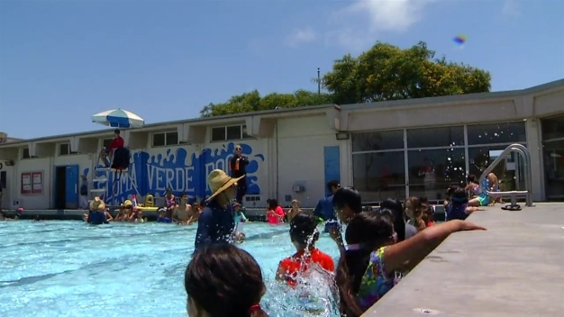 Chula Vista Joins 'World's Largest Swimming Lesson'