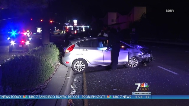 Car Crashes Into Pole on Mira Mesa Boulevard