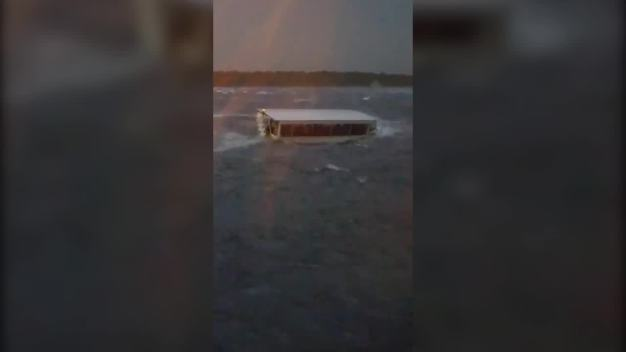 Missouri Town Mourns for 17 Killed in Sinking of Duck Boat