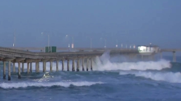 Beachgoers Warned of Dangerous Waves, Big Surf