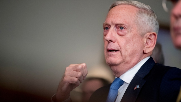 Mattis Defends Use of Military on US-Mexico Border