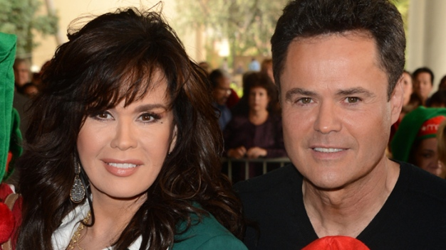 Donny & Marie Osmond Have A Wonderful Christmas