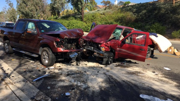 Head-On Crash Leaves 2 Kids Hurt, Injures 3 More