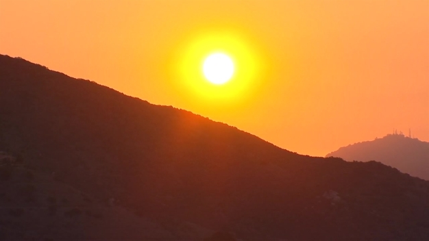 Santa Ana Winds in Foothills Create Potential for Wildfires