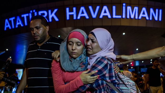 Istanbul Airport Reopens After Attacks