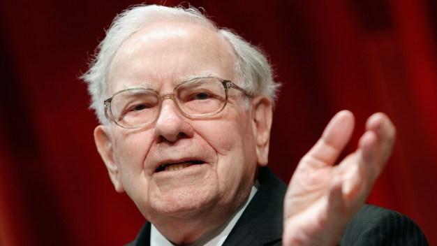Warren Buffet Wants to Make 'Elephant-Sized' Buy