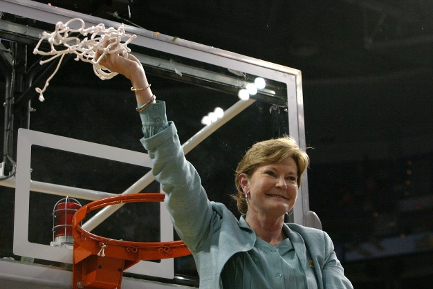 MJ's Minute-Remembering Pat Summitt