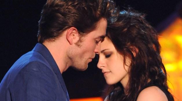 """Twilight"" Grabs Five MTV Movie Awards"