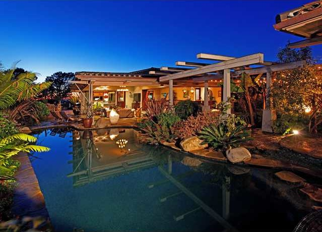 Escape to a Tropical Hidden Oasis in Del Mar, CA