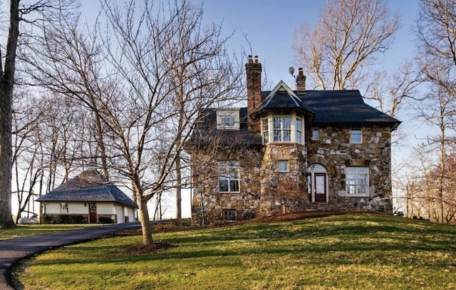 Buy Liz Taylor's Former Virginia Estate for $10.25M