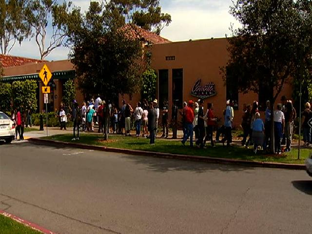 Thousands Line Up for Free Corvette Diner Burgers