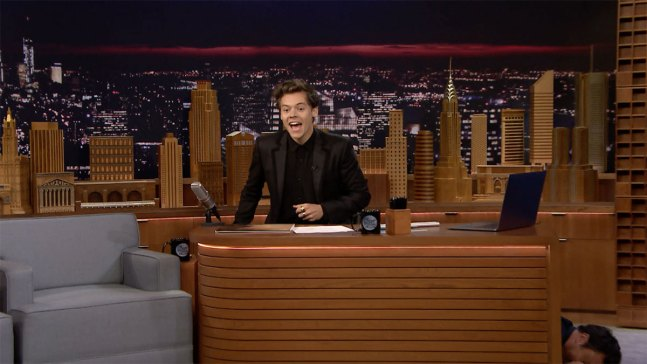'Tonight': Harry Styles Takes Over Fallon's Desk