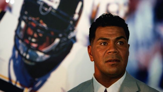 Junior Seau: Happier Times