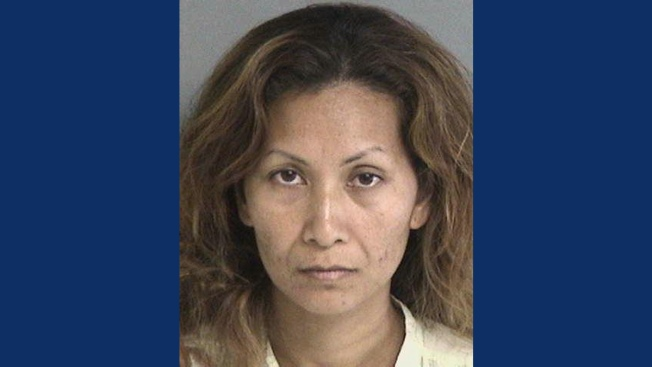 Mom Left Kids in Car While She Gambled: Report