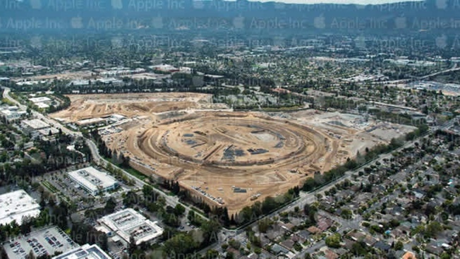 """Spaceship"" Design of New Apple Headquarters in Cupertino Visible in New Aerial Photo"