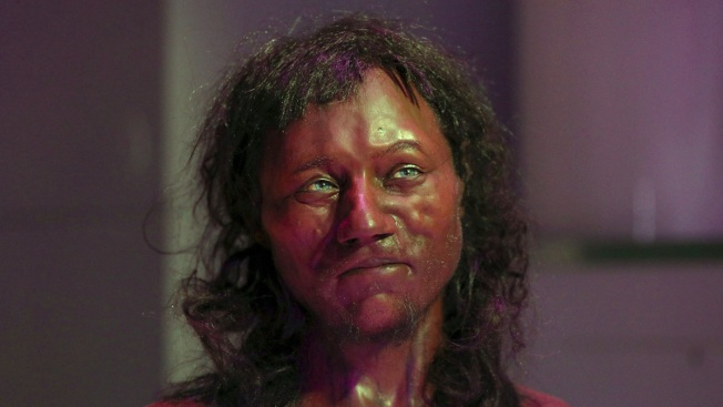 DNA Suggests 10,000-Year-Old Brit Had Dark Skin, Blue Eyes