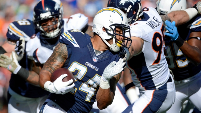 Chargers Lose to Broncos 28-20 at Home