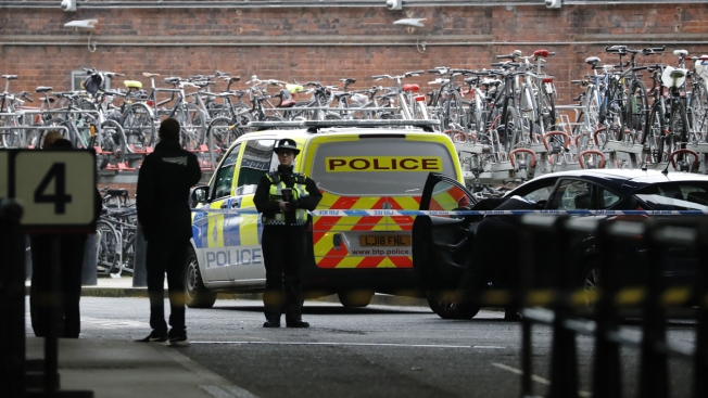 Packages With IEDs Found Near 2 London Airports, Rail Hub