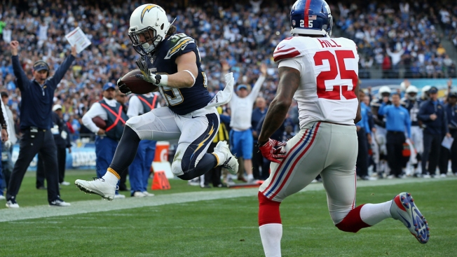 Chargers Dominate at Home, Beat Giants 37-14