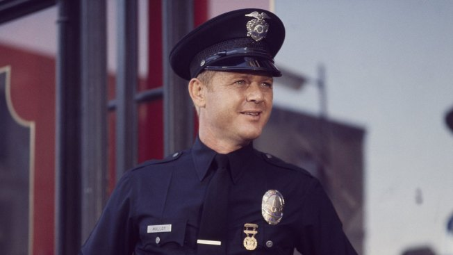 "Martin Milner, ""Route 66"" and ""Adam-12"" Star, Dies"