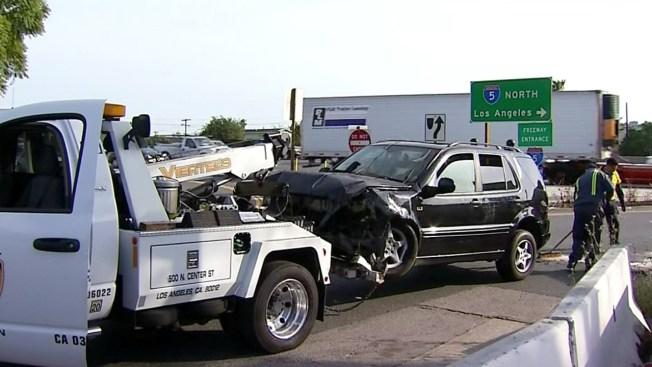 SUV Drives Off SoCal Freeway, Crashes Into Yard - NBC 7 San Diego