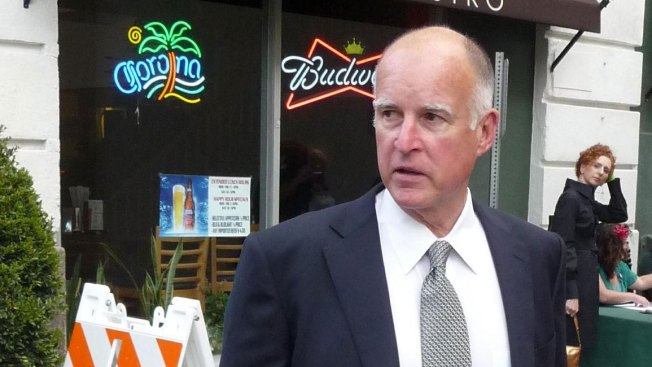 Jerry Brown Returns Questionable Donations