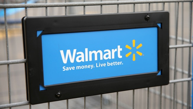 Wal-Mart Bringing Back Greeters After a 4-Year Hiatus