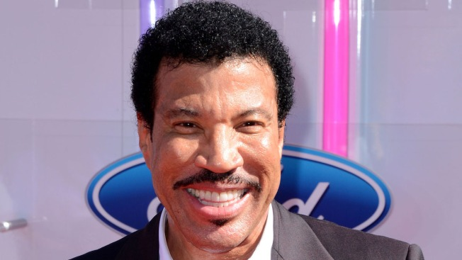 "Lionel Richie's Name Misspelled as ""Ritchie"" at BET Awards as He Accepts Lifetime Achievement Award"
