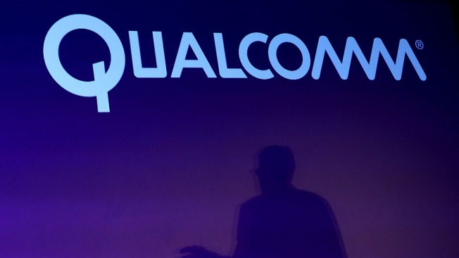 2 Ex-Qualcomm Heads Accused of Insider Trading