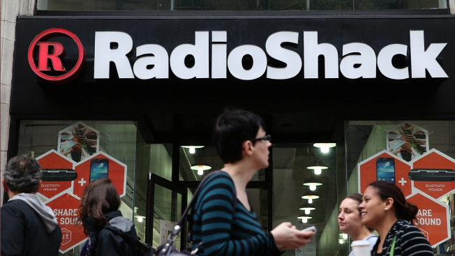 RadioShack Files for Bankruptcy Again, Closing 200 Stores