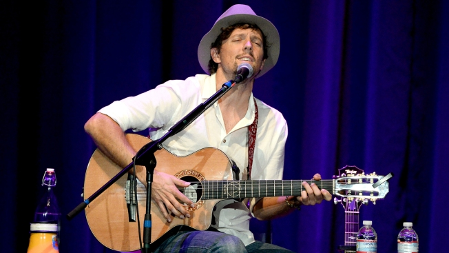 Jason Mraz Catches His Rocket Home to Spreckels