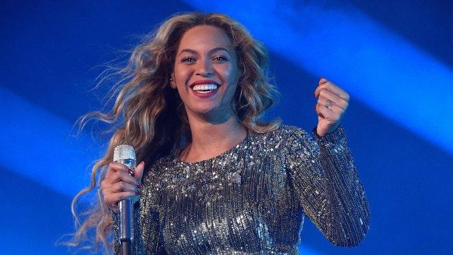 Beyoncé to Perform at Super Bowl 50 Halftime Show Next Month