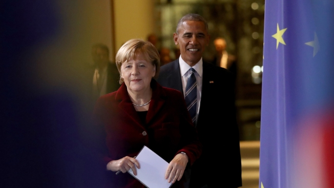 Obama Meets With Merkel, Advises Trump to Stand Up to Russia