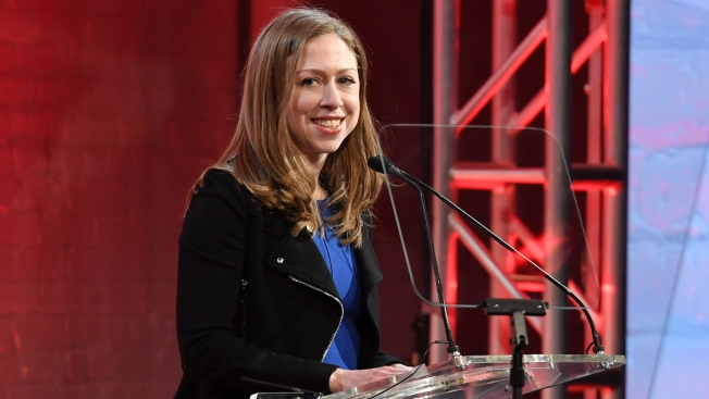 Chelsea Clinton Reveals She's Expecting Baby No. 3