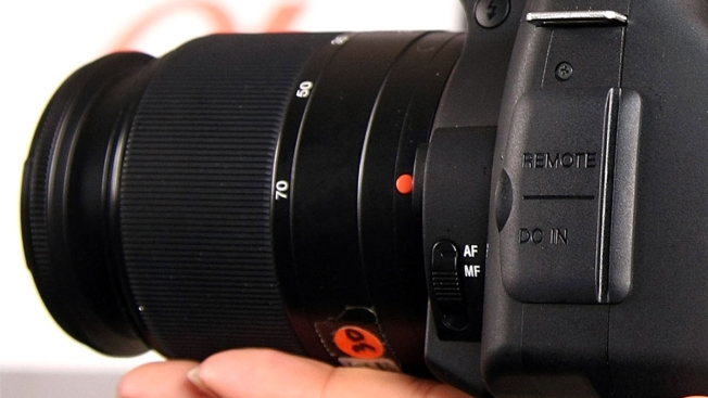 Man Finds His Stolen Camera on Craigslist, Seeks to Recover It