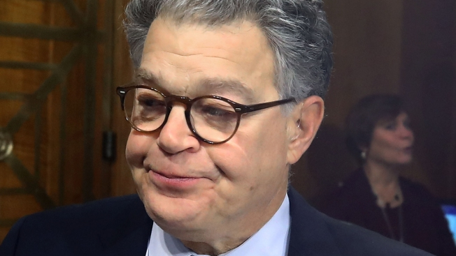 Past 'SNL' Performers, Staff Sign Statement Supporting Franken