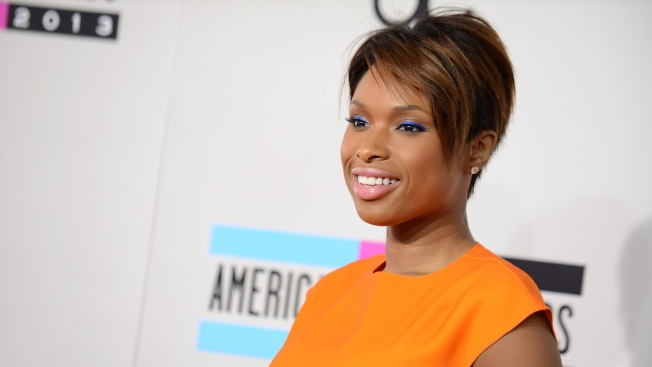 Jennifer Hudson Buys Her Assistant a House for Christmas