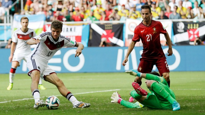 Mueller Scores 3, Germany Routs Portugal 4-0