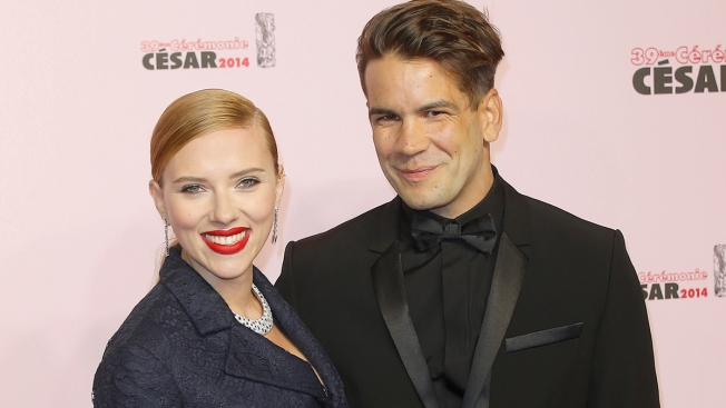 Scarlett Johansson Divorce Filing From Romain Dauriac Prompts Custody Battle
