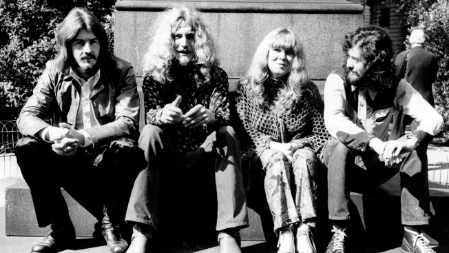 """Lawyer Alleges Led Zeppelin Stole Opening Notes to """"Stairway to Heaven"""""""