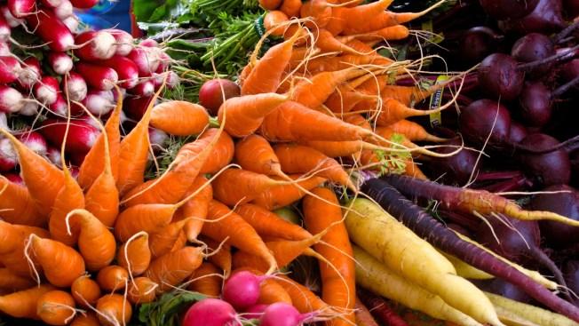 On Super Bowl Sunday, Veggies Are Most Popular Food