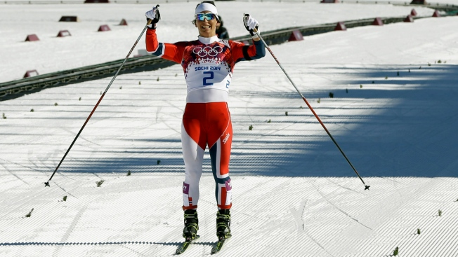 "Norway's Marit Bjoergen Wins ""Emotional"" Women's 15K Skiathlon at Sochi Games"